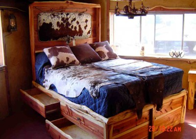Bed-Cedar Storage