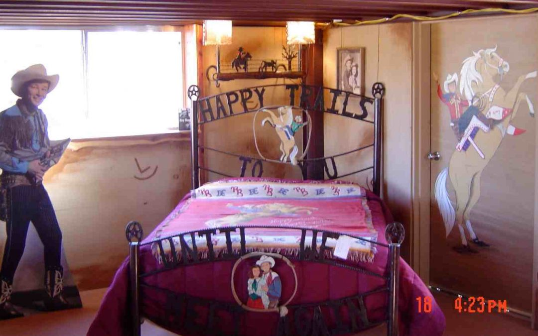 Bed-Happy Trails-Metal-Painted RR