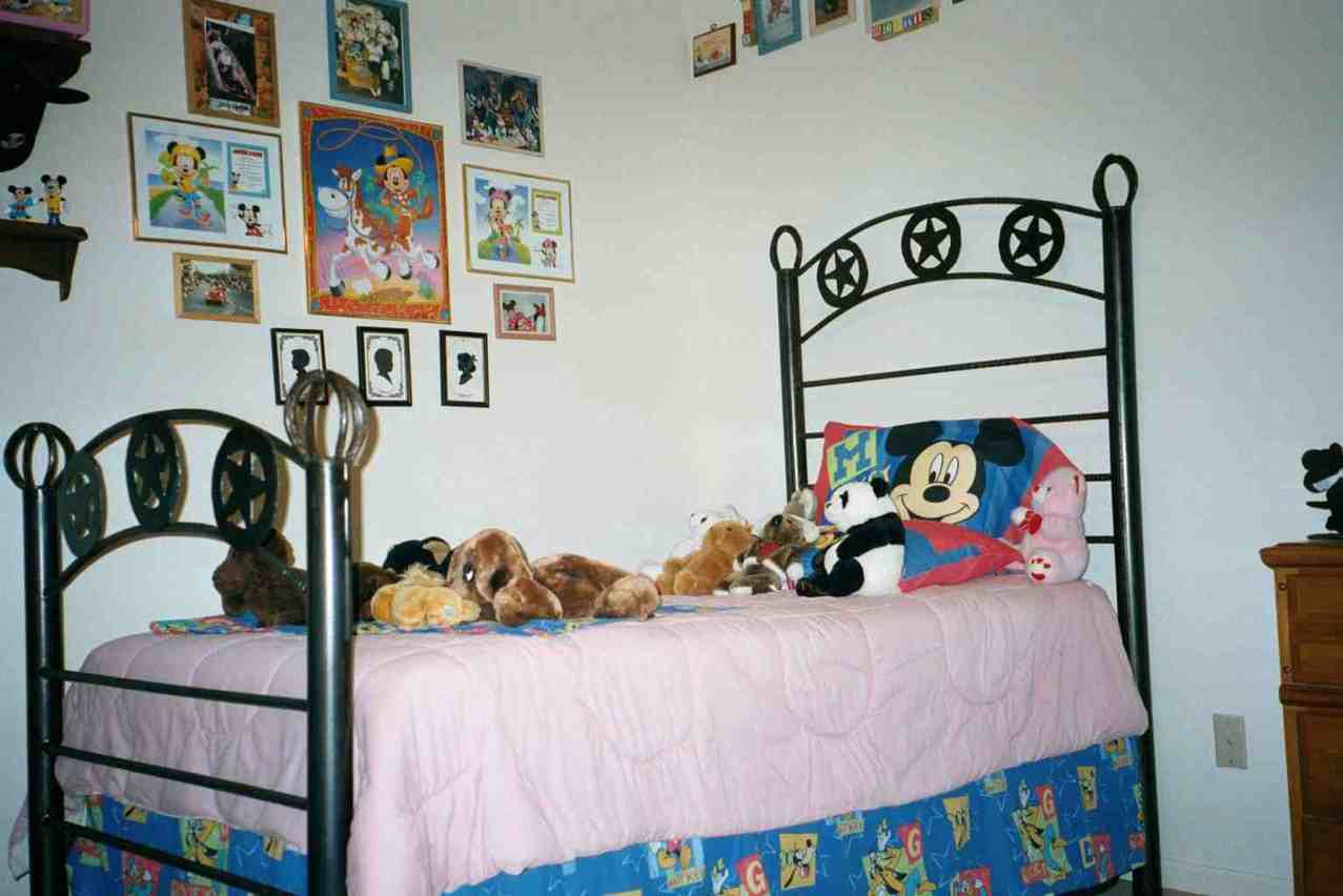 Bed Room Bettyu0027s Grandkids Micky Mouse