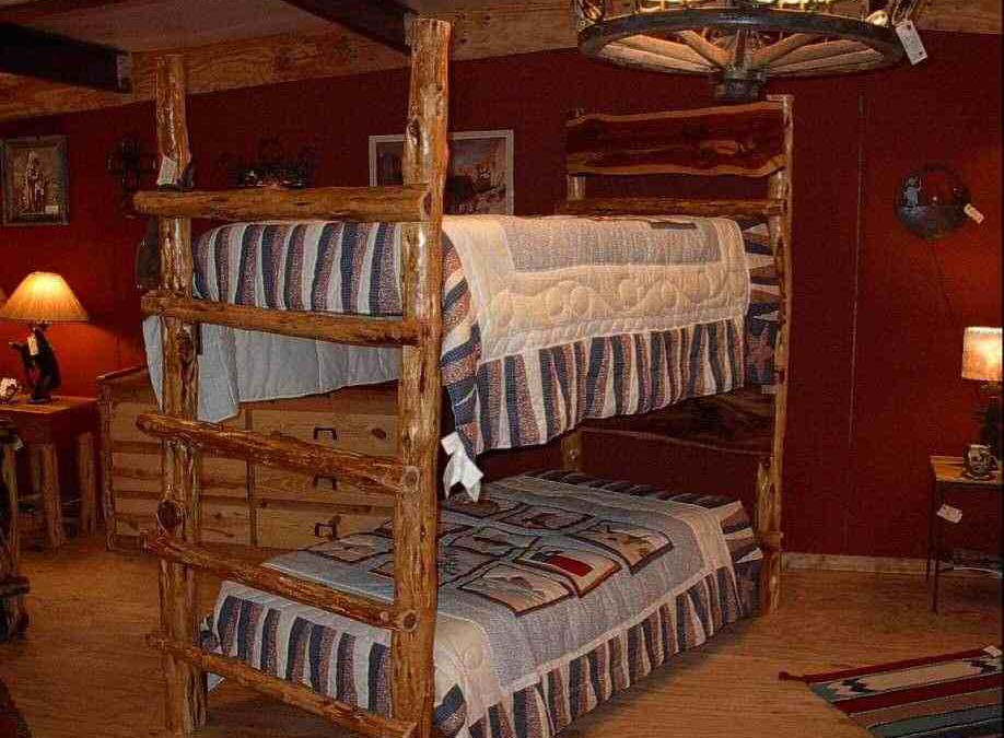 Cedar Wood Beds – Solid and Long Lasting
