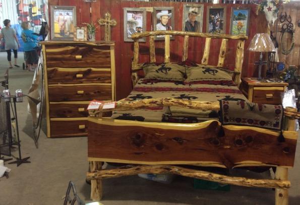 Bed-Cedar-Cedar Posts Headboard, Cedar Board Foot