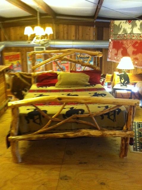 Bed-Cedar-Cedar Limbs Head & Foot