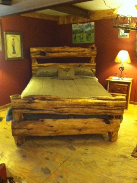 Bed-Cedar-Log Headboard & Foot