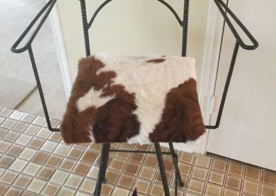 Bar Chair, Swivel, Star, Cowhide-Arms1-min